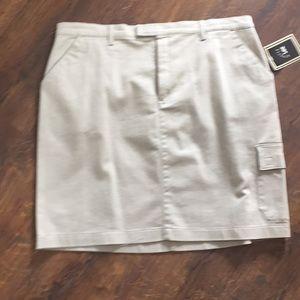 Lee Riveted Khaki skirt. Size 18.